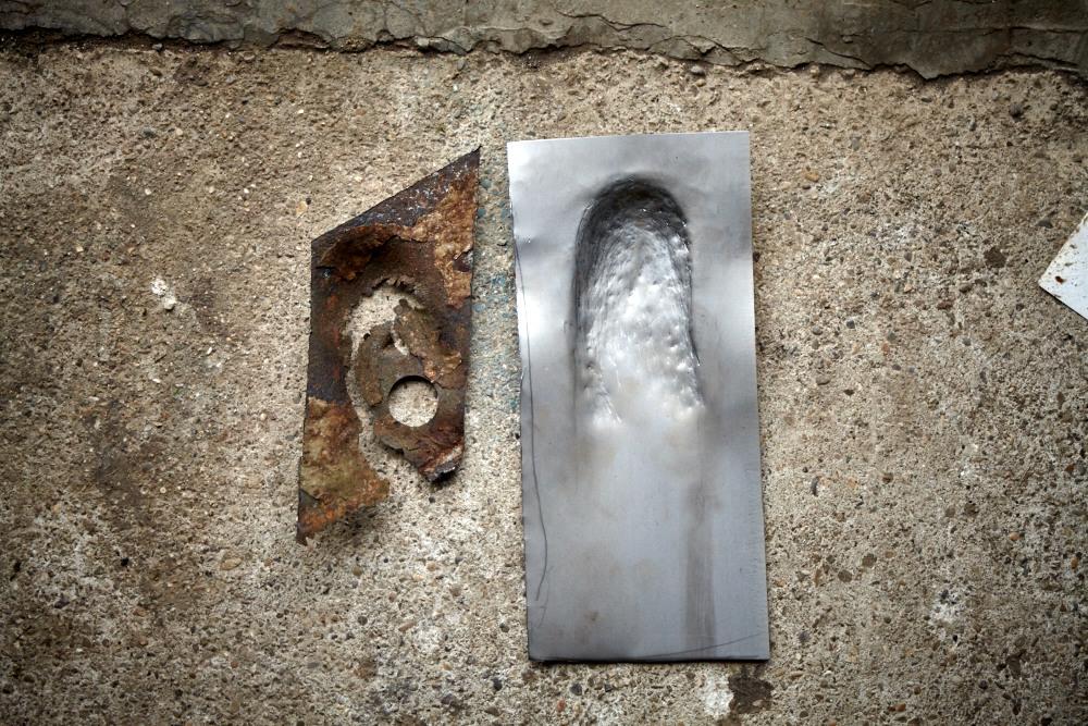 Reparaturblech aus 1,5mm Material dengeln